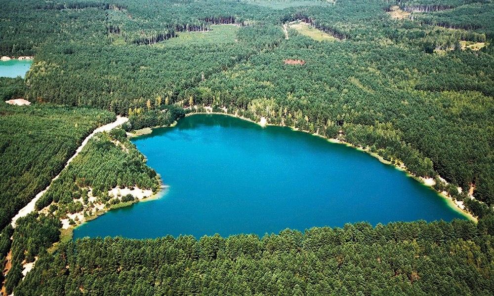 голубое озеро, с.Олешня